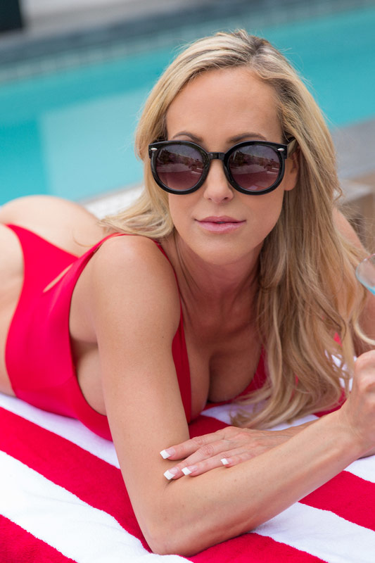 Brandi Love | Nexxxt Level Talent Agency | Porn Star | Adult Performer
